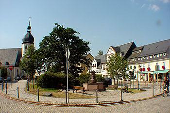 Olbernhauer Markt mit Kirche